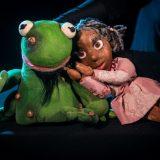 Cia. Articularte apresenta o espetáculo de bonecos Menino Coragem de 9 a 30 de abril